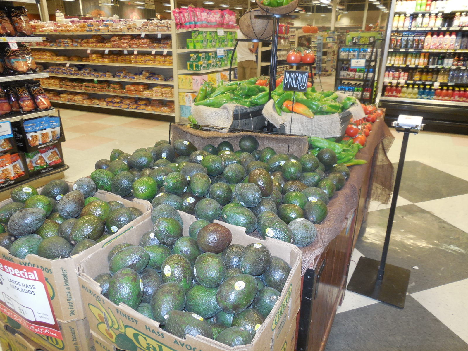 CA Avocado Commission Kicks Off American Summer Holidays Program